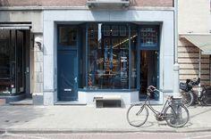 Tenue de Nimes hipshop in Amsterdam.