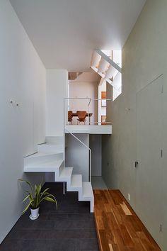 Keitaro Muto Architects Design a New Japan Three-Story Open House 9