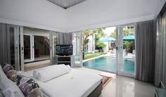 3 Bedroom Luxury Holiday Villa with Pool in Batubelig, Bali