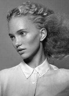 Ester Grass | PICDIT