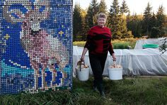 30,000 bottle caps decorate russian pensioner's home #intarsia