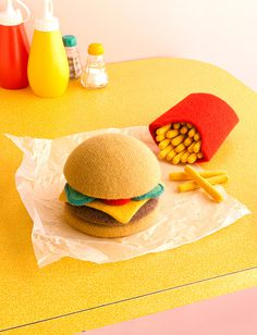 Woolly burger david sykes photography #illustration #design #knitting