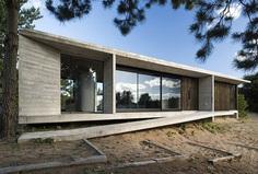 Ecuestre House by Luciano Kruk 2