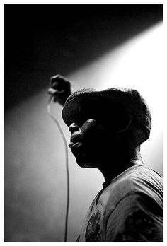 Photo by Per Forsberg #forsberg #stage #kweli #microphone #rapper #per #bw #talib