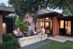 1954 One-Story House Renovated by Tobin Smith Architect in San Antonio, Texas 5