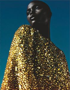 Trendwall | 8216 #fashion #portrait #black #gold