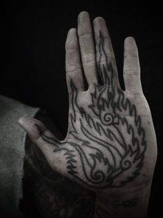 GUY LE TATOOER #illustration #ink #tattoo #hand