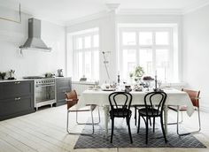 The Design Chaser: Homes to Inspire | Light + Airy in Stockholm #interior #design #decor #kitchen #deco #decoration