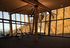 Cafe Knoll Ridge interior with glass and wood #mountain #architecture #volcano #caf