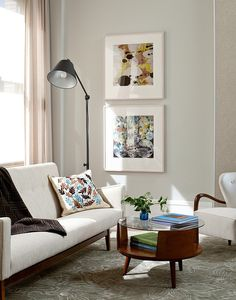 Living room, art