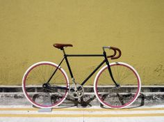 Castell #colourful #design #bike