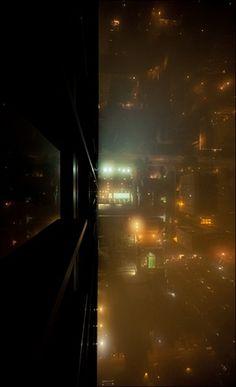 tumblr_lmfi7qs0uC1qz6f9yo1_500.jpg 426×699 pixels #photography #building #skyscraper #city