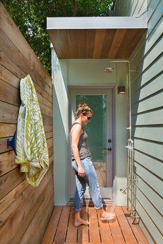 Backyard Art Studio Designed for a Retired Art Teacher 7