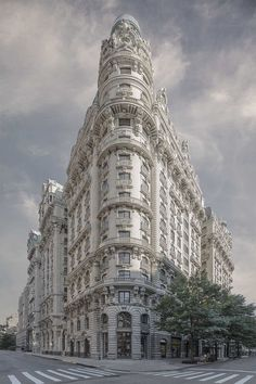 The Secret Lives of New York City Buildings by Marc Yankus