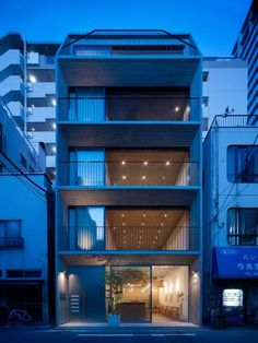 Grass Building by Ryo Matsui Architects #modern #design #minimalism #minimal #leibal #minimalist