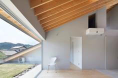 House in Usuki by Kenta Eto Architects