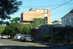 Edifício Mburicao / Estudio ELGUE #brick #architecture #houses #facades