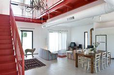 Tzur Moshe Residence by Neuman Hayner Architects
