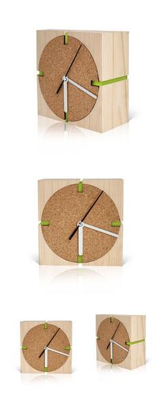 Clock by Mariya Zhinoteva