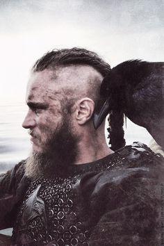 7168_a00f.jpeg (500×750) #vikings #ragnar #raven