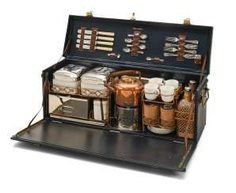 Mappin & Webb-a picnic suitcase for 4 people