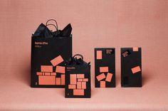 Items d'Ho, identidad en positivo y negativo de Mucho #items