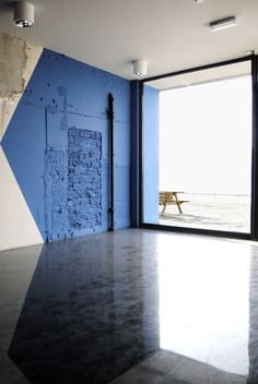 Simone_dsc2553_web_full #office #interior #brick #concrete