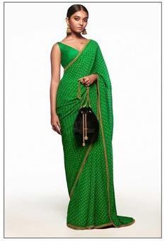 The Neo-Traditional : Mehendi Sari