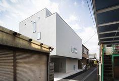 Cozy House by FORM/Kouchi Kimura Architects