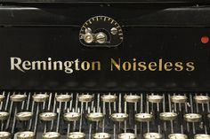 Remington Noiseless 6 (1927) #typewriter #remington #vintage #noiseless