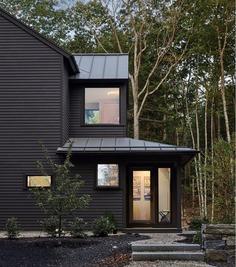 Bunganuc Woods House / Whitten Architects