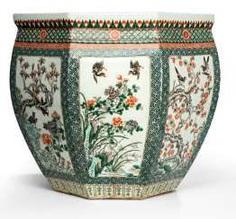 Pair of large octagonal Cachepots with 'Famille verte'-Dekor of waste. Flowers and birds #Sets #Tea sets #Porcelain sets #Antique plates #Plates #Wall plates #Figures #Porcelain figurines #porcelain