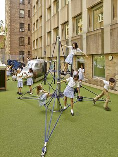 1960s Brutalist Building in Manhattan Transformed into a Vibrant Learning Environment 16