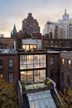 CJWHO ™ (Gramercy Park Townhouse by Fractal Construction) #design #architecture #new york #photography #loft #luxury