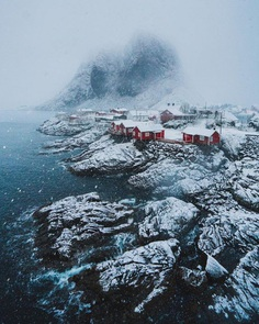 Spectacular Adventure and Landscape Photography by George Ilstrup