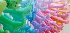 IdeaFixa » Um arco íris de pernas #identity