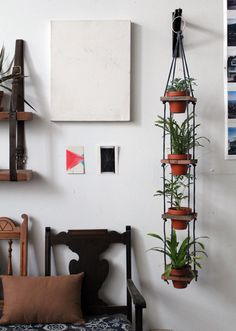 designsponge_diy_hanging_pots_3 #plants