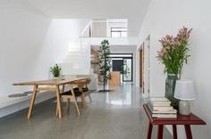 Minimalist Single Storey Terrace House by Fabian Tan Architect 5