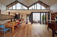M House MAKE Architecture - A successful modification for more natural light - HomeWorldDesign (5) #interior #house #design #melbourne #architecture