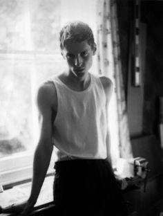 bakmaya değer. #model #black and white #male model #male