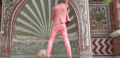 POSH Contemporary Standard Roberto Ortu #pink #hotel #pee