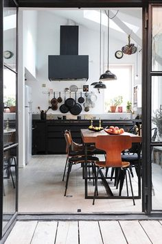 Convoy #interior #white #design #black #wood #kitchen