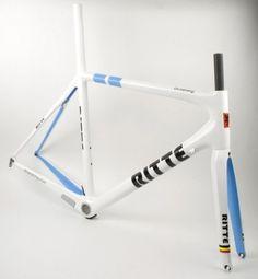tumblr_laye96huRT1qamm7n.jpg (JPEG Image, 500x540 pixels) #design #bike