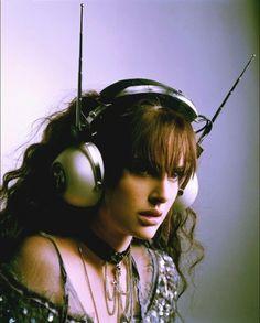 tumblr_l15e01kjIz1qan1eeo1_500.jpg (500×621) #headphones