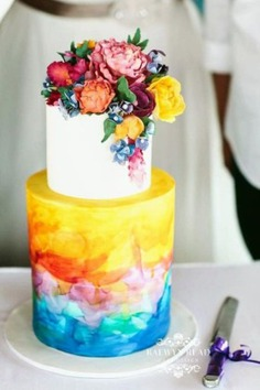 Wedding Cake Trends - floral cakes,