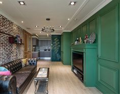 Intense Green Apartment Decor
