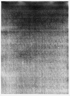 monotone_print_101104.jpg (325×447) #white #photocopy #abstrac #black #grain #gray #scan