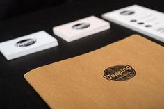 Topping Creative Studio #branding #stationary #business #card #design #retro #graphic #portugal #logo