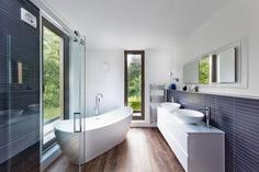 Gatti House / Adam Knibb Architects