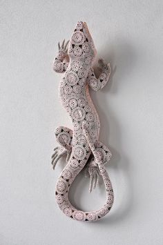"Joana Vasconcelos Crochets A Crafty Second ""Skin"" For Ceramic Animals #sculpture #reptile #skin #ceramic #animal #lizard"